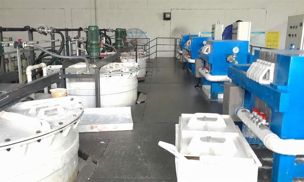 氧化铅、三盐基硫酸铅、四盐基硫酸铅生产设备