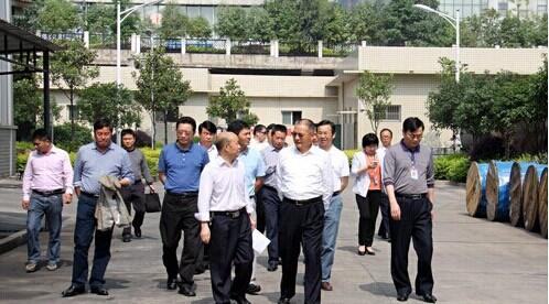 促银企合作 陈小山率全市各大银行负责人对接天易示范区企业