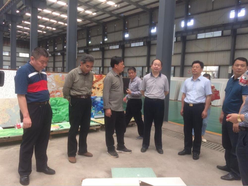 省有色金属管理局局长唐勇调研永兴县稀贵金属综合回收利用产业